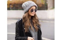Когда покупать шапки, как не весной и летом?